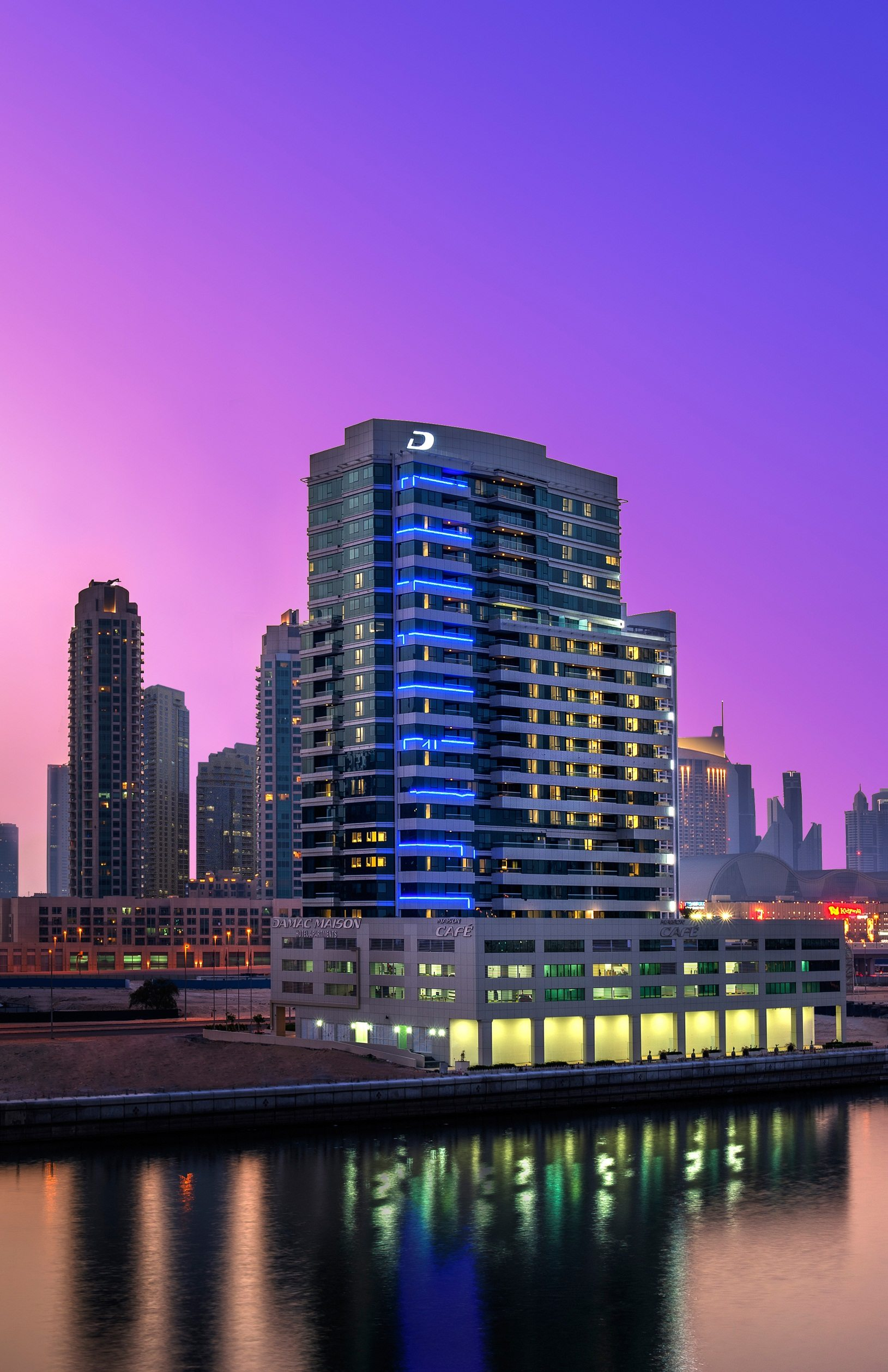 Damac properties opens serviced hotel in dubai middle for The big hotel in dubai