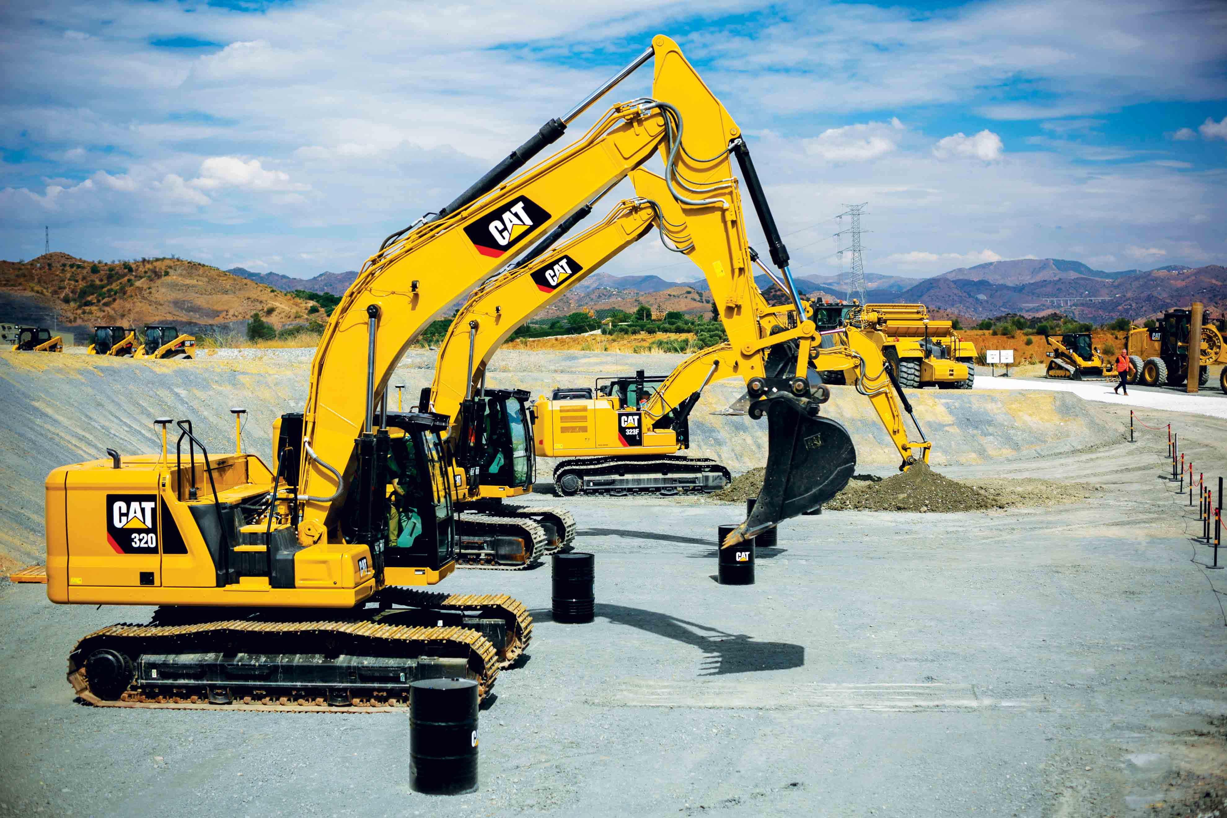 Cat reveals the challenger   Middle East Construction News