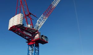 Raimondi launches LR330 luffing jib crane