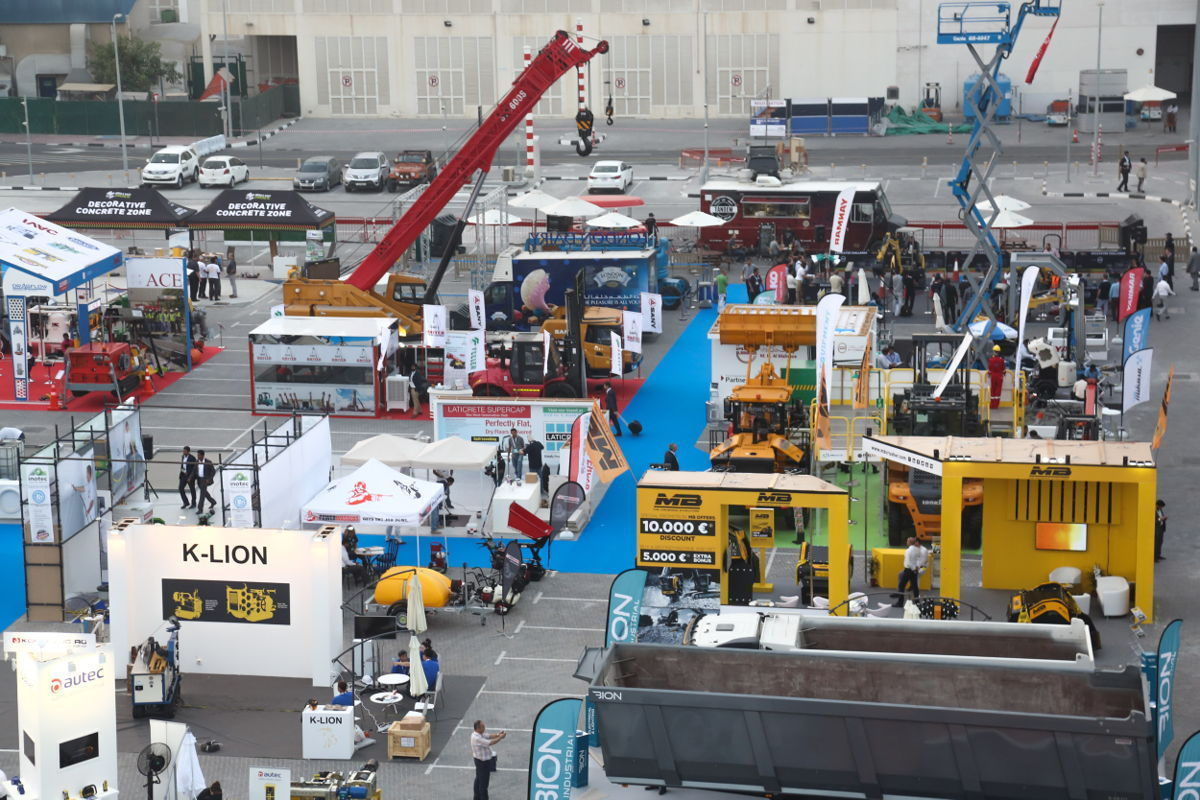 International heavyweights in construction machinery line-up for The
