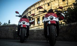 Acciona passes 10,000 electric motorcycles to set new motorsharing record